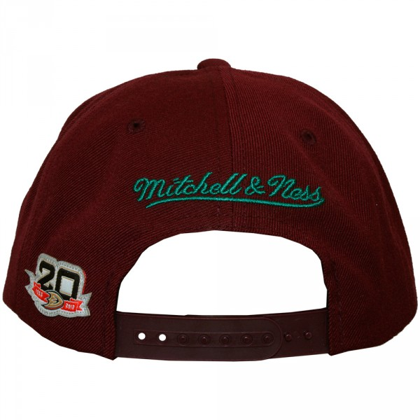 Casquette Snapback Mitchell   Ness - NHL Wool Solid - Anaheim Mighty Ducks  - Burgundy 49935de3c8e