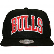 Casquette Snapback Mitchell And Ness - NBA Satin Arch - Chicago Bulls - Black