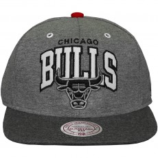 Casquette Snapback Mitchell And Ness - NBA Warm Up - Chicago Bulls - Grey