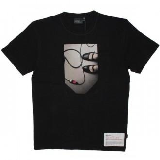 WESC T-Shirt - Beth Riesgraf - Black